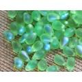 6x9mm Čehu stikla lāsītes Matēta Spilgti Zaļa varavīksne 25gab.