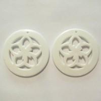 50mm Acrylic Pandant Flower White, 2gab.