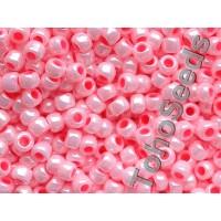 6/0 Toho Opaque Pastel Peach Blossom 06-811 (10g)