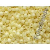 08/0 Toho Ceylon Frosted Banana Cream 08-142F (10g)